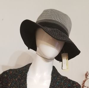 💕Collection18 Knitted Black and Grey Floppy Hat💕